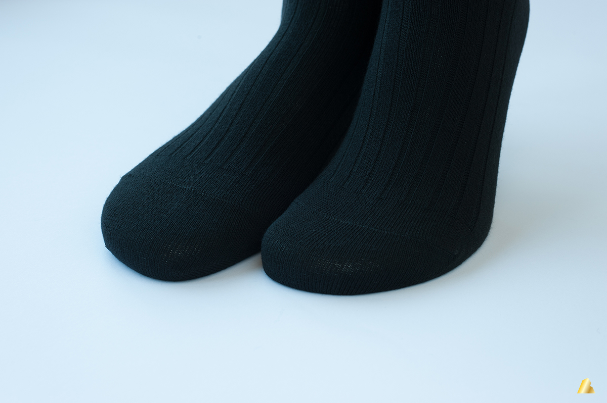 Rocksock merino wool socks toe-closure